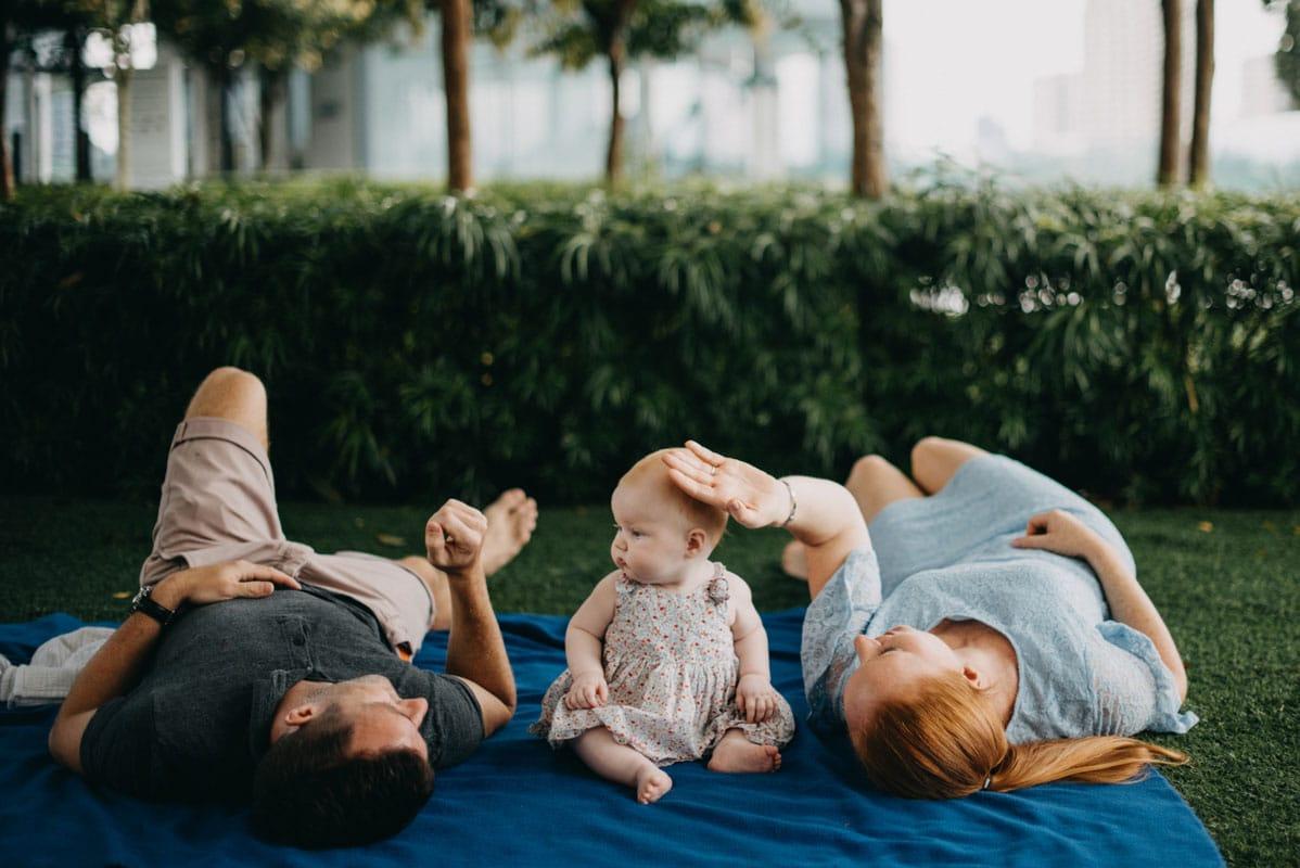 cliché familiaux de nouveau-né par Caroline Cuinet, Photographe professionnelle